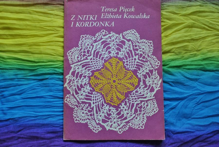 http://shonalitworzy.blogspot.com/2015/12/z-nitki-i-kordonka-teresa-piecek.html