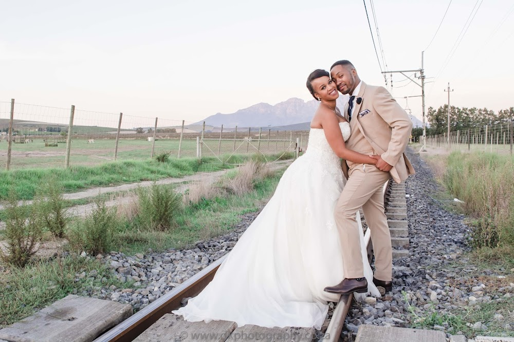DK Photography CCD_2871 Preview ~ Nwabisa & Siya's Wedding in Hudson's, Vredenheim  Cape Town Wedding photographer