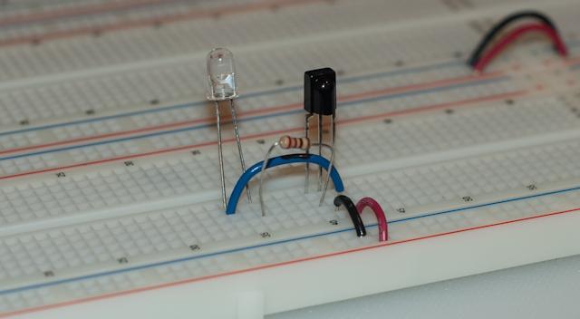 Spare Time Notebook: Testing a 38KHz IR Sensor