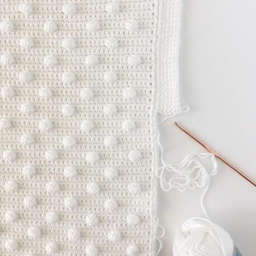Crochet Polka Dot Blanket - Free Pattern