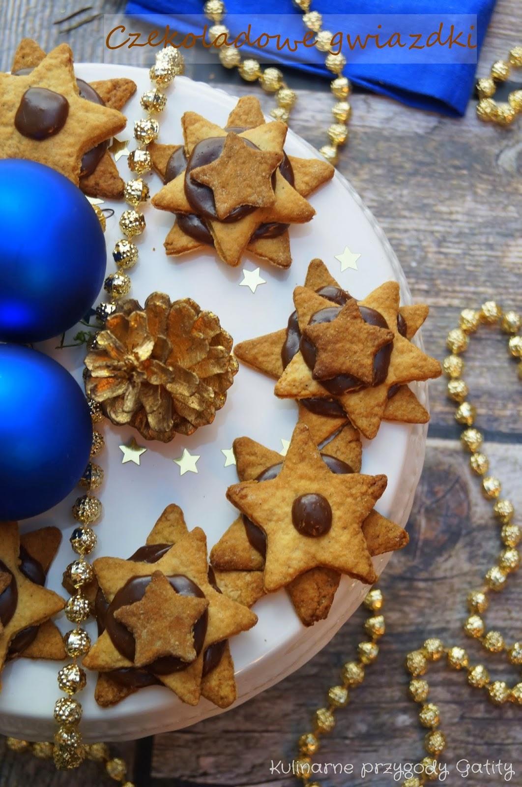 ciasteczka-gwiazdki-z-bombkami