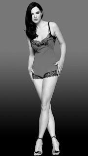 Long Legs Actress Monica Bellucci