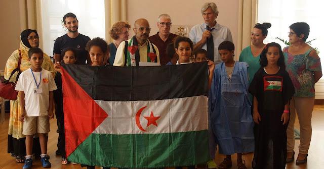 عمدة مدينة لومان الفرنسية يخص الأطفال الصحراويين بإستقبال رسمي.