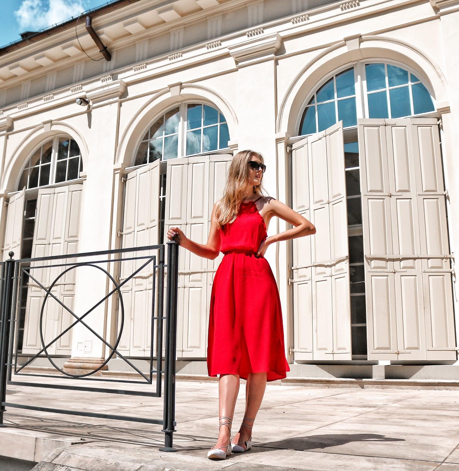 Dlaczego warto nosić sukienki? | Przegląd wakacyjnych sukienek od NAKD