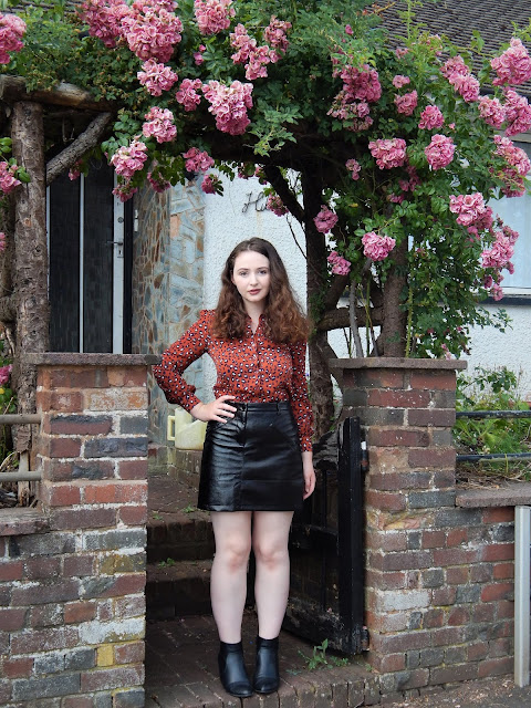 £25 Outfit Challenge With Clarks Village | The Emerald Dove