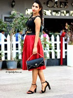 http://www.stylishbynature.com/2015/02/spring-2015-most-wearable-fashion-trends.html