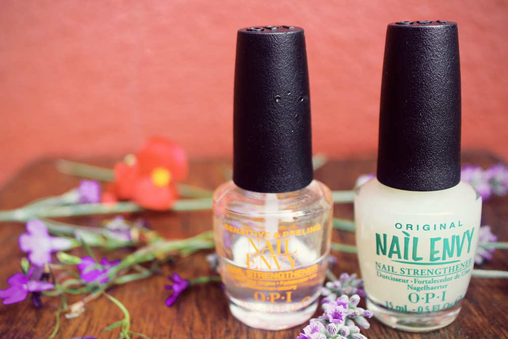 OPI nail envy review bottle