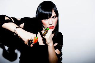 Jessie J Interesting Rings HD Wallpaper