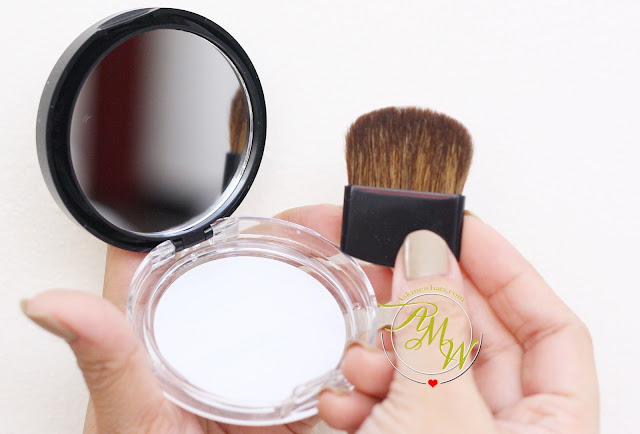 a photo of  Maybelline V-Face Duo Powder by FaceStudio Medium Dark