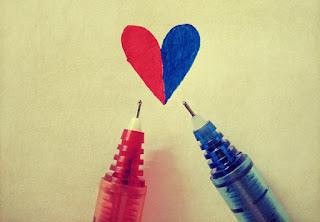 Pen Merah Pen Biru