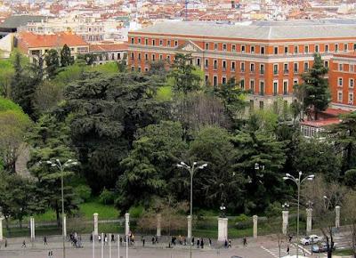 Palacio de Buenavista desde el Palacio de Cibeles. Imagen: www.viendomadrid.com