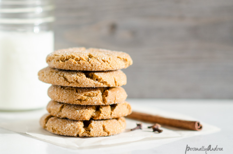 Classic Ginger Molasses Cookies | personallyandrea.com
