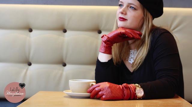 But first Coffee! Schneehase: Fingerhandschuhe selber nähen