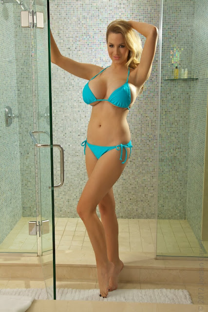 Jordan-Carver-shower-non-nude-picture-4