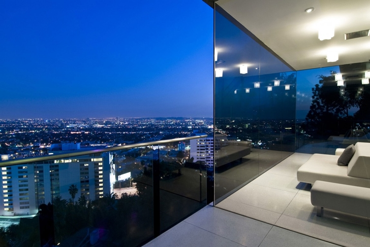 City view from Hollywood Mansion by Whipple Russell Architects