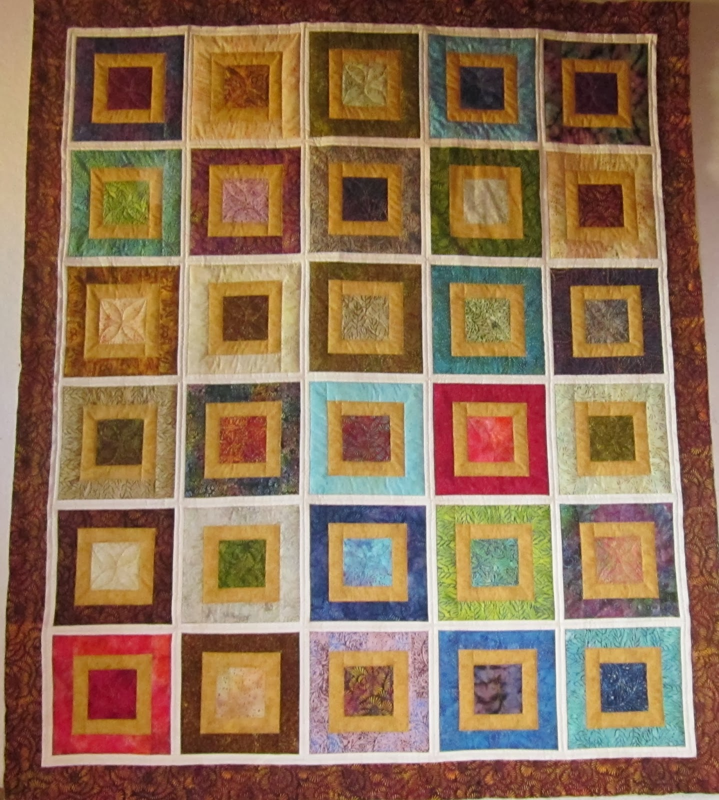 http://quiltparadigm.blogspot.com/2014/02/a-friday-finish.html