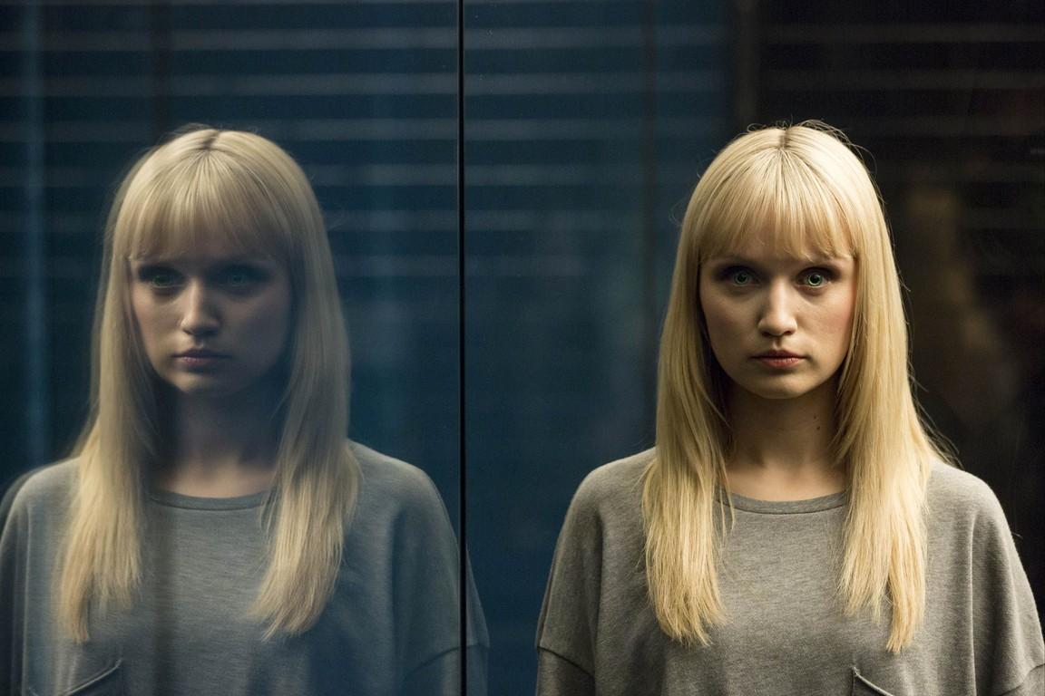 Humans - Season 2 Episode 03