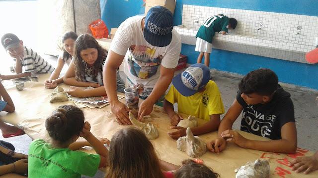Programa Escola da Família em ritmo de Carnaval na Escola Yolanda em Cananéia