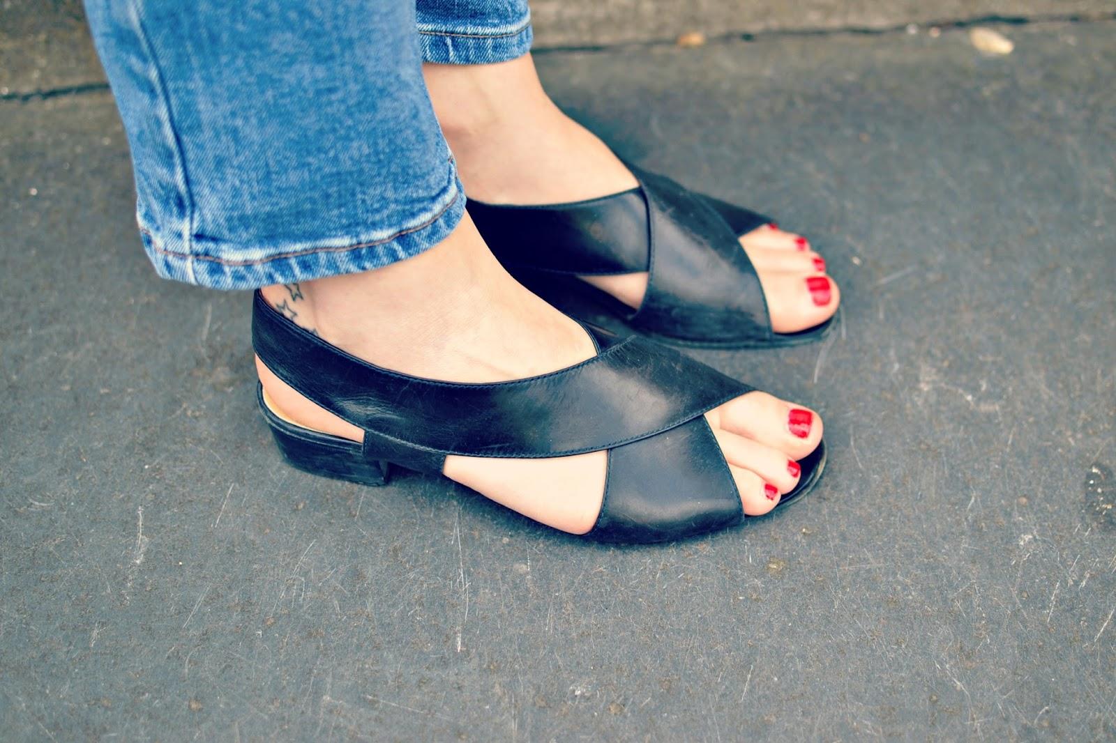vintage low heeled sandals