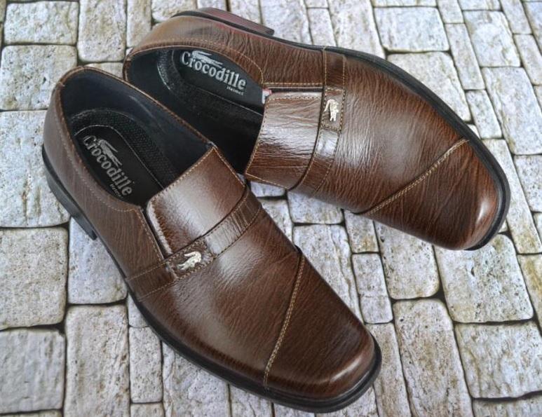 Jual Sepatu Kulit Pria Asli Online Murah 49c9ab749e