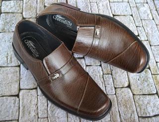 Gambar Sepatu Kulit Formal