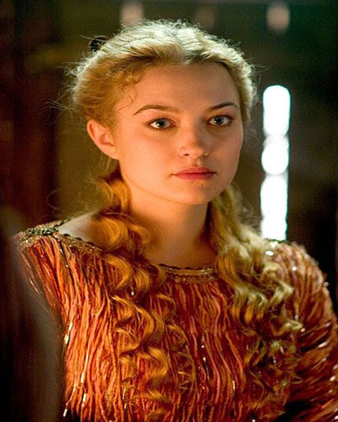 popular medieval hairstyles - emo