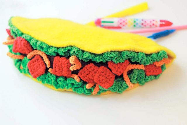 Taco Pencil Case crochet pattern