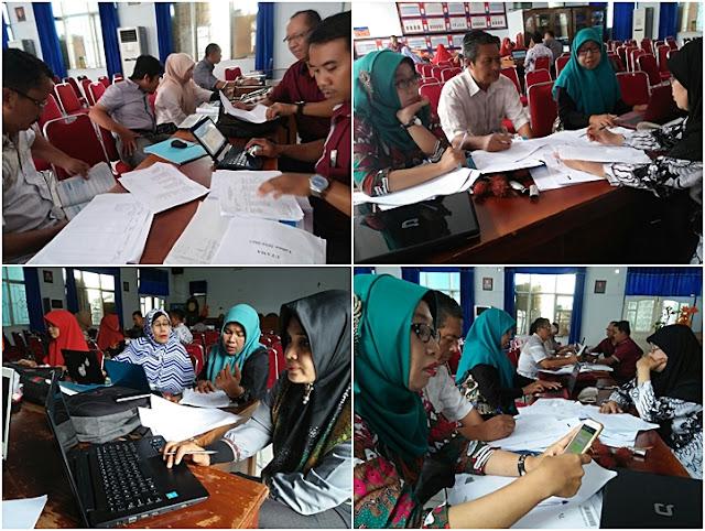 Guru profesional dengan kompetensi pedagogik, kepribadian, profesional dan sosial