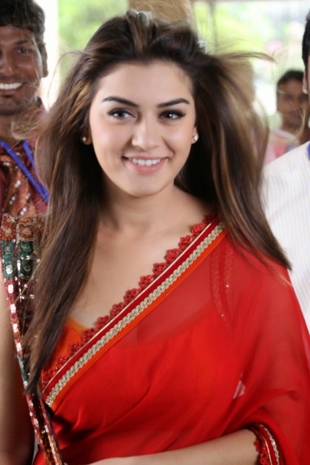 Special For All: Hansika Red Saree Pallu Drop Big Boobs
