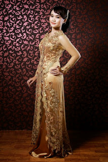 Gaun Kebaya Terbaru Gold