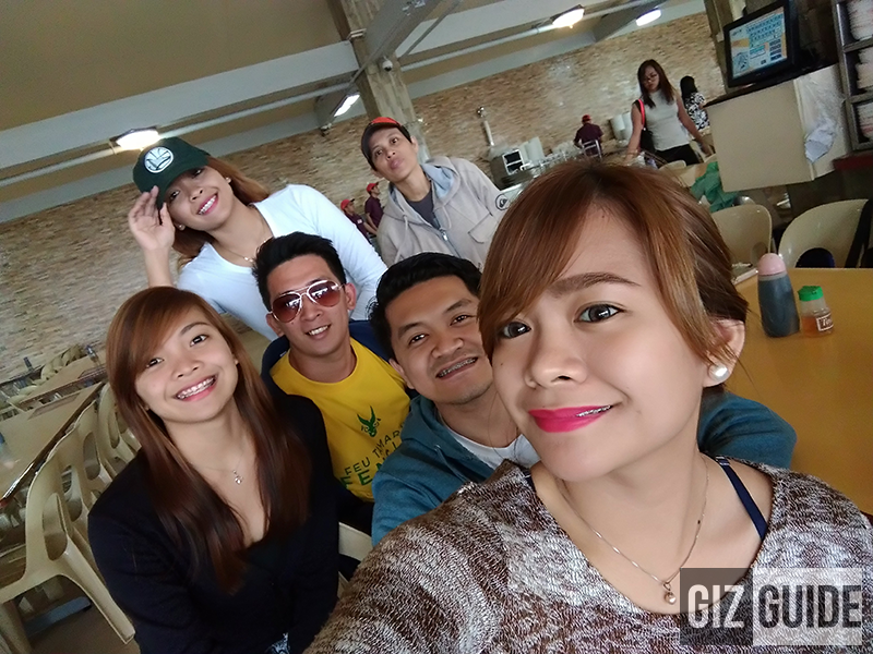 Groufie test (wide angle)
