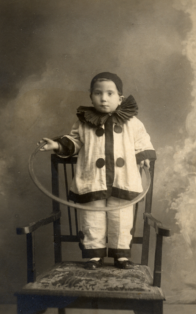 pierrot costume creepy clown circus hilarious antique children costumes 20th century halloween 1920s early clowns google its found french dressed