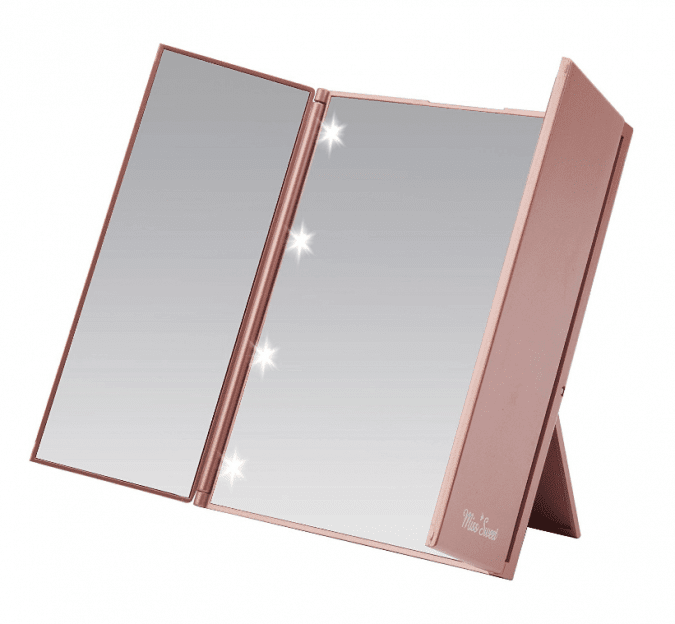 36 Genius Yet Inexpensive Products That Can Save Lives - Tri-Fold Mirror