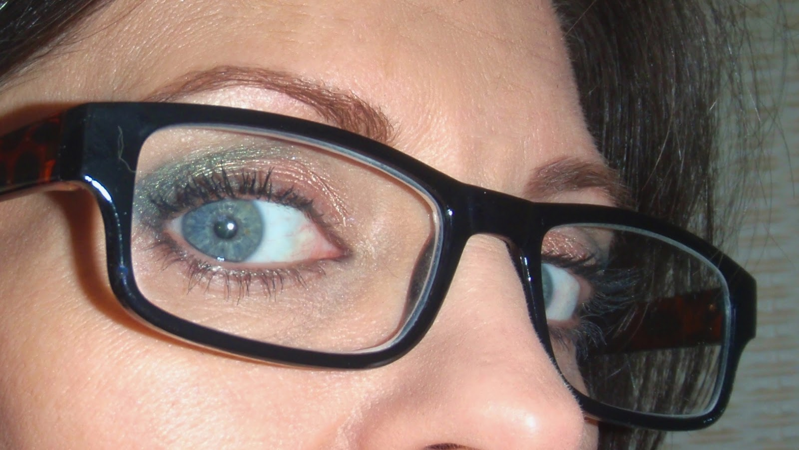 eye makeup for glasses