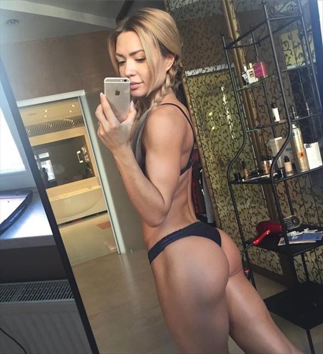 Russian fitness bikini Ekaterina Usmanova