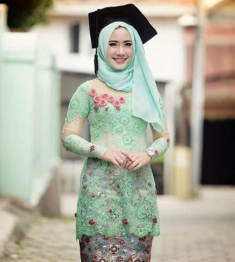 Model Baju Kebaya Brokat Muslim Untuk Wisuda