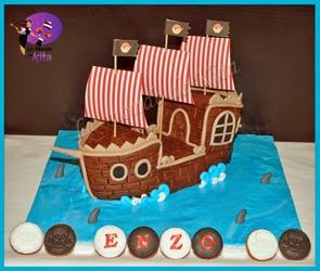http://monde-de-kita.blogspot.fr/2014/11/le-bateau-des-pirates-un-pirate-digne.html