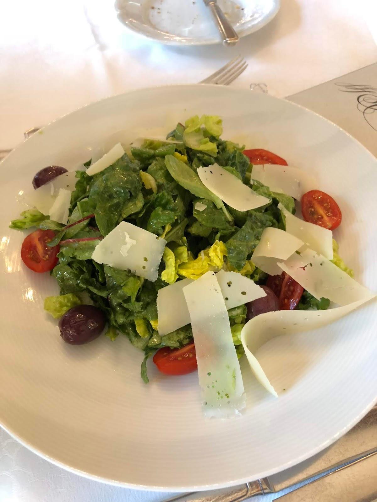Salat mit Parmesan, Restaurant Scarpati, Wuppertal