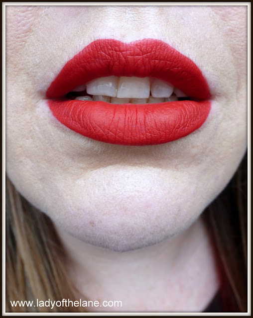 Lime crime red velvet velvetine
