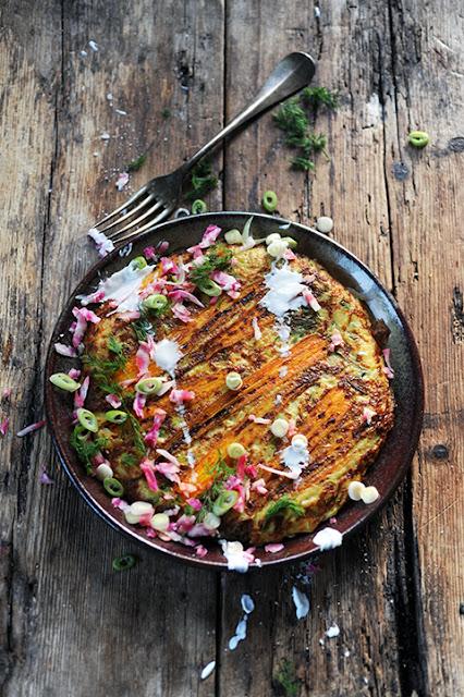 Les jours d'après on retrouve une cuisine... raisonnable! Mes paillassons de pommes de terre aux légumes multicolores!