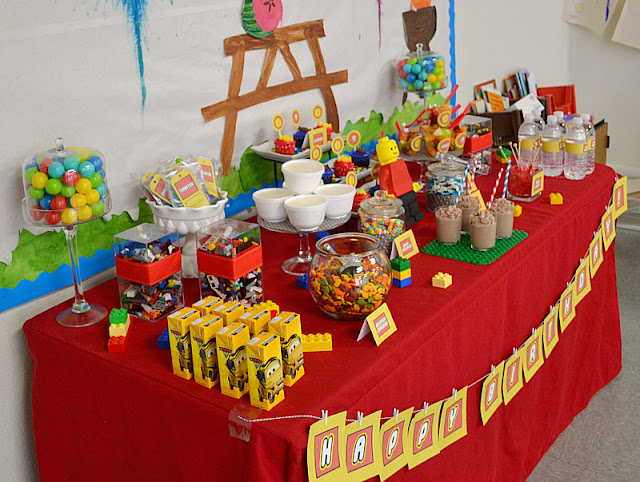 LEGO party dessert table 2