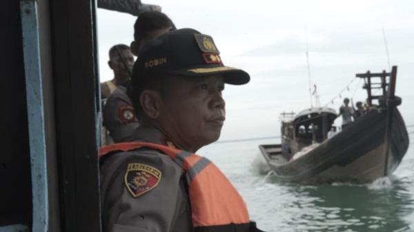 Kapal pukat yang diamankan Personel Polres Batubara.