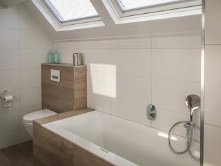 Unieke badkamer met sunshower