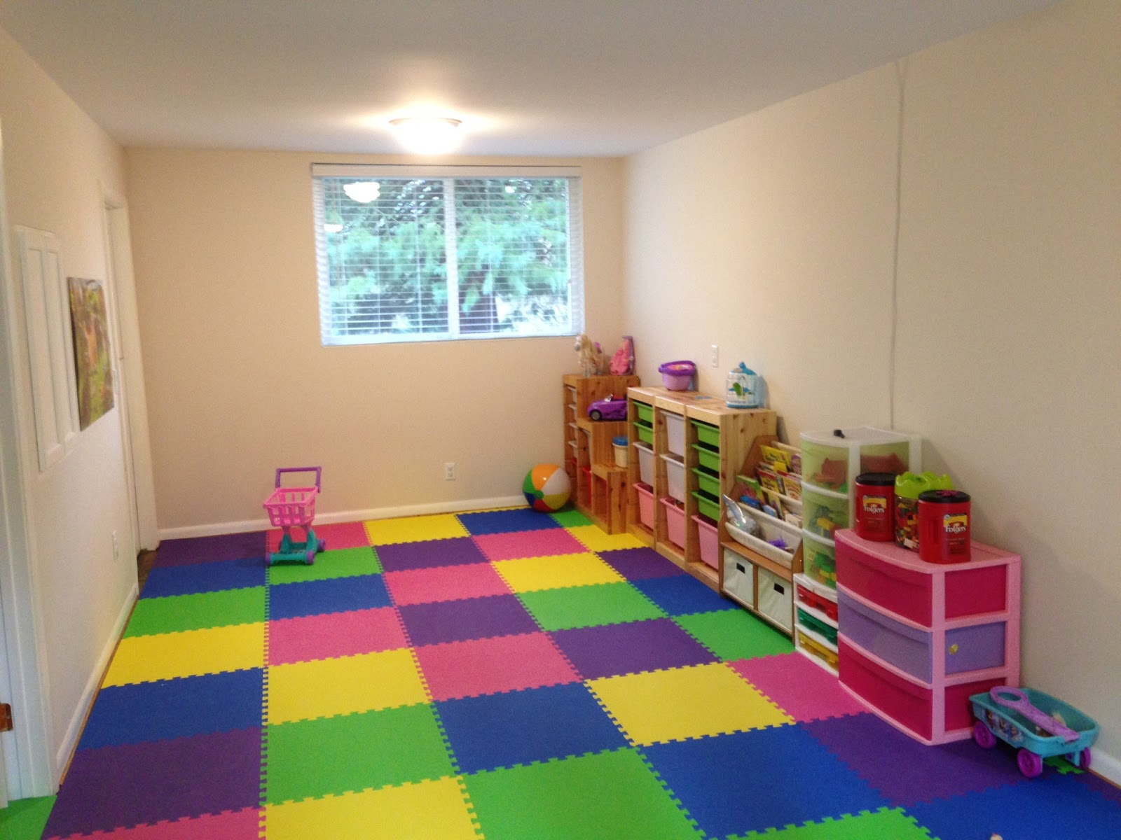 Greatmats specialty flooring mats and tiles creating a for Tiles for kids room