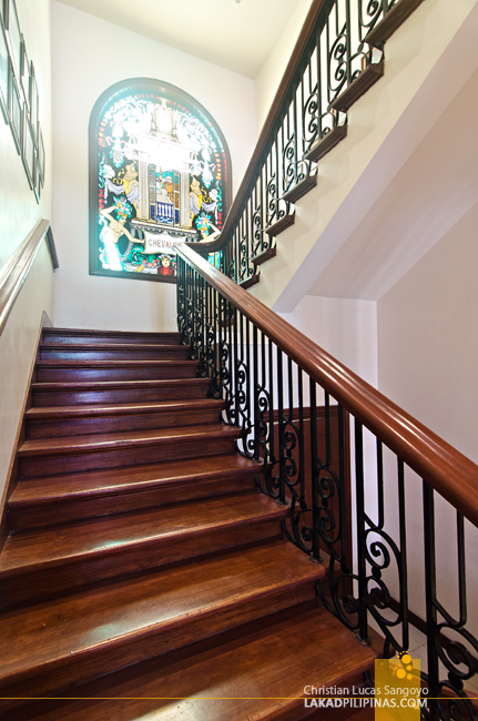 Tambayan Hostel Manila Grand Staircase