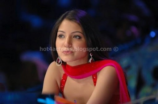 Anushka sharma cute images
