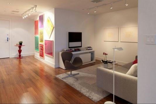 mesas e cadeiras Casa contemporânea com design feminino