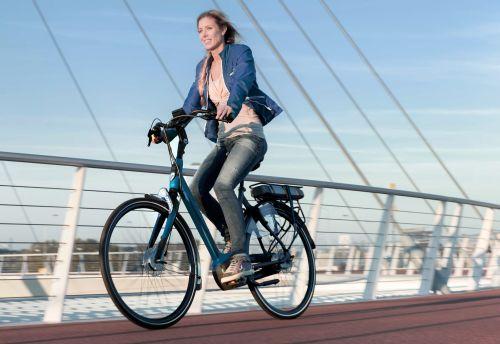 ad fietstest sparta r5e beste elektrische fiets e bike. Black Bedroom Furniture Sets. Home Design Ideas