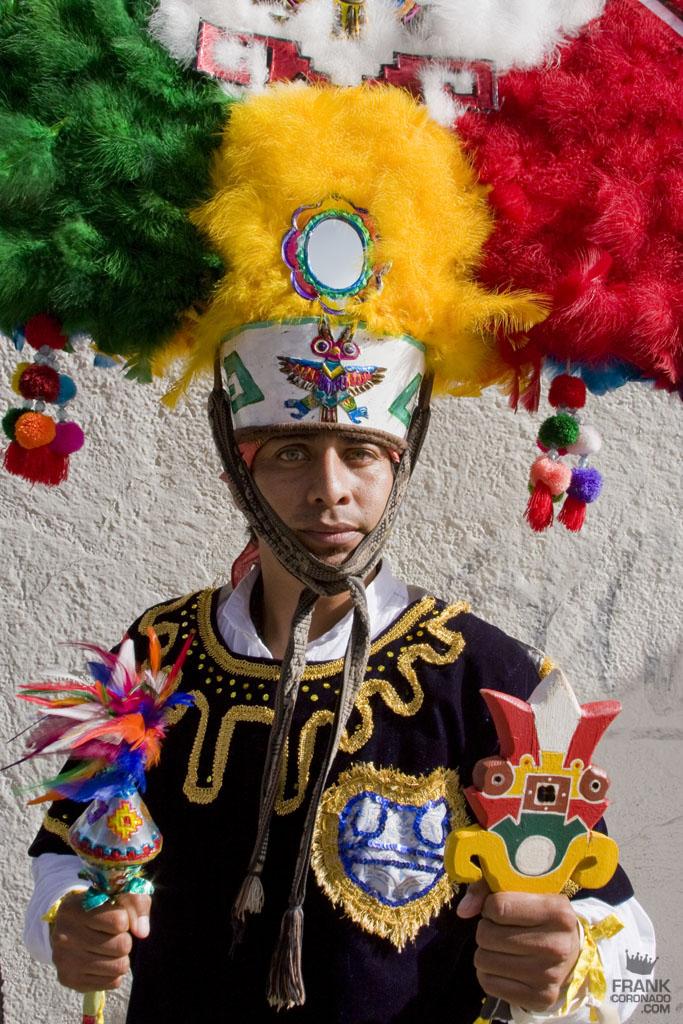 Danzante de la pluma de Villa de Zaachila