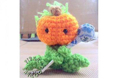 free Crochet patterns for Halloween Pumpkins!